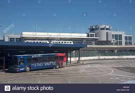 shuttle bus stock photos u0026 shuttle bus stock images alamy