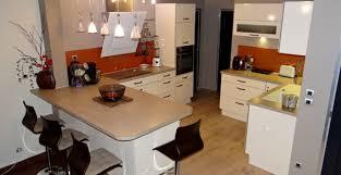table de cuisine sur mesure cuisiniste création pose de cuisine à chambéry cognin savoie