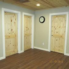 knotty alder cabinets with wood floorsknotty laminate flooring