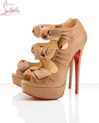 christian louboutin weston soldes plate forme madame butterfly