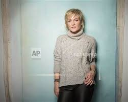 pictures of amy carlson hairstyle 2014 sundance film festival amy carlson portraits buy photos