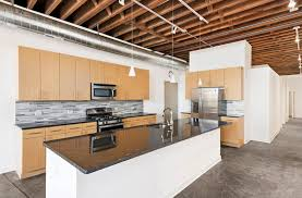 Kitchen Cabinets Chicago Il by 945 W Fulton Market Apartments In Chicago Il