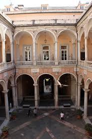 il cortile genova file palazzo tursi genova cortile 01 jpg wikimedia commons