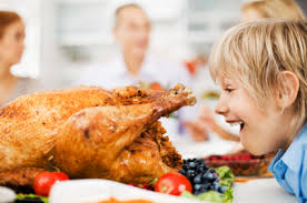 7 things you probably shouldn t talk about at thanksgiving dinner