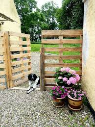 How To Build Backyard Fence Make A Pallet Fence That Will Cost You Nothing Hometalk