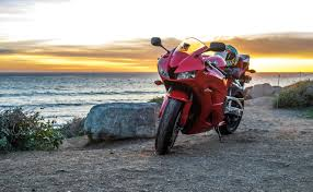 honda cbr 600 second hand 2015 honda cbr600rr review revzilla