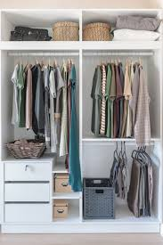 organize your closet best way to organize the clothing in your closet