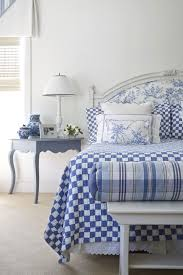 Black And White Toile Bedding Beautiful Rooms In Blue And White Traditional Home