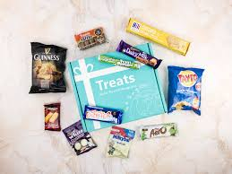 Tokyo Treat Reviews Hello Subscription by World Traveler International Theme Food Subscription Box Reviews
