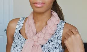 braided scarf 3 ways to tie a scarf for fall