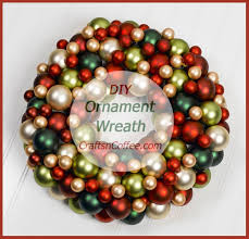 Make Your Own Christmas Decoration - how to make an ornament wreath and don u0027t forget the giveaway