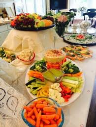 Bridal Shower Buffet by Palm Leaves To Decorate An Elegant Lunch Buffet Ladies Who Lunch