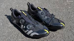 bike riding shoes mavic comete ultimate shoes first ride review bikeradar