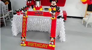 mickey mouse gift bags how to plan the mickey mouse birthday party la joly vie
