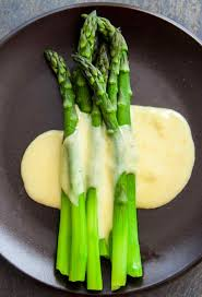 asparagus thanksgiving asparagus with hollandaise sauce recipe simplyrecipes com