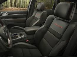 jeep cherokee sport interior 2017 see 2017 jeep grand cherokee color options carsdirect