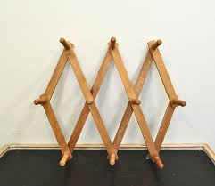 accordion coat rack 10097