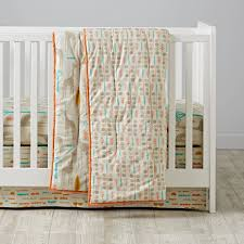 Organic Nursery Bedding Sets by High Plains Giraffe Organic Crib Bedding The Land Of Nod