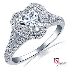 heart shaped engagement ring 1 54 tcw f si1 si2 heart shaped diamond split shank halo