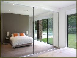 Stanley Mirrored Closet Doors Bathroom Mirror Sliding Closet Doors Prices Mirrored Makeover