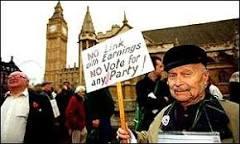 Diminuição da população pode quebrar previdência social da UE ...