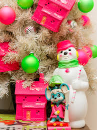 5 ways to avoid heat damage to your holiday decorations blog