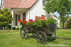 covered wagon yard decor ideas