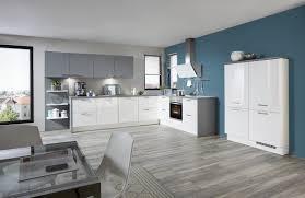 Kueche Kaufen Mit Elektrogeraeten Möbel Rehmann Velbert Möbel A Z Küchen Einbauküchen