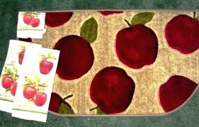Apple Kitchen Rugs Awe Inspiring Apple Kitchen Rugs Wonderful Apple Kitchen Rug Sets