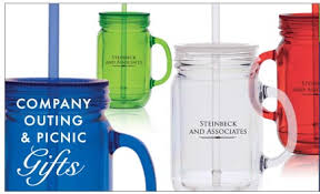 company picnic outing promotional gifts ideas employee gifts