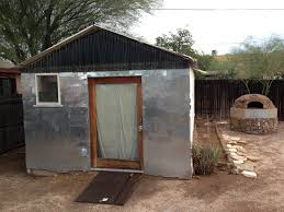 cozy tucson bungalow steps to class specializing in uofa rental