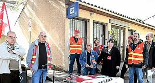 bureau poste ouvert samedi apr midi la poste plus que 2 bureaux sur 5 ouverts le samedi matin 20