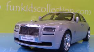 roll royce burgundy rolls royce ghost die cast car scale 1 18 by kyosho youtube