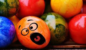 sports easter eggs easter easter eggs smiley free wallpaper hd sedang apa