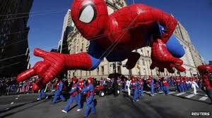 balloons fly safely at blowy new york thanksgiving parade news