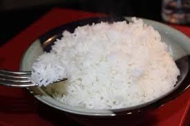 cuisiner du riz blanc recette comment faire cuire le riz toutes les recettes allrecipes