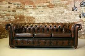 canap cuir chesterfield salon chesterfield cuir canape cuir vintage marron capitonne style