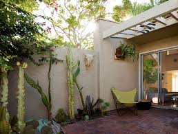 Butterfly Patio Chair Daltile San Diego For A Southwestern Patio With A Butterfly Chair