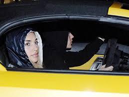 justin bieber car lamborghini justin bieber photos before arrest leaves drives model