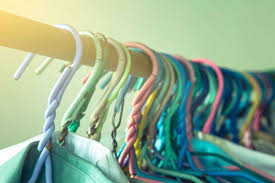 Cleaning Out Your Wardrobe by Styling Tricks For Your Wardrobe 9 Easy Tips Reader U0027s Digest