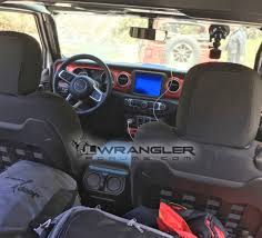 Jeep Wrangler Interior First Official Jeep Wrangler Jl Interior Images Show Both Stylish