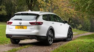 vauxhall insignia wagon vauxhall insignia country tourer 2017 review by car magazine