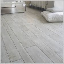 Laminate Flooring That Looks Like Tiles Laminate Flooring That Looks Like Tile Flooring Designs