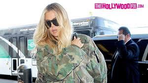 velvet car khloe khloe kardashian ignores paparazzi chanting
