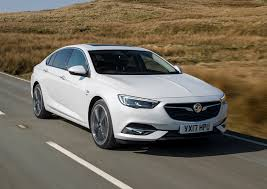 vauxhall insignia grand sport review 2017 parkers