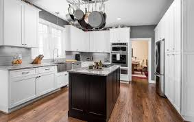 shop custom kitchen cabinets willow lane cabinetry