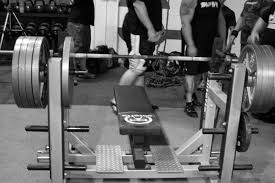 Bench Press No Spotter Saving Face Effective Spotting Of The Bench Press Elite Fts