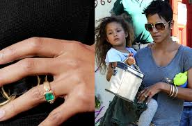 princess diana s engagement ring 9 famous gemstone engagement rings ritani