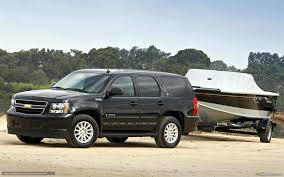 jeep chevrolet download wallpaper chevrolet tahoe jeep trailer boat free