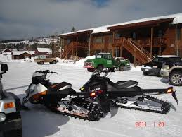 snowmobiling grand lake colorado stay at the historic rapids